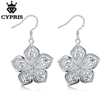 50% OFF 2018 silver Daisy Rose Flower Fashion Drop Earrings girl Women fashion hot style sexy CYPRIS plant(China)