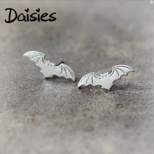 Daisies One Pair Fashion Cute Gold Silver Flying Bat Earrings Jewelry Animal Stud Earrings for women girls