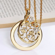 Hot Seller Flower Pattern Design Magnifying glass for Reading Fashion jewelry Parent gifts Crystal Brand New Pendant necklace(Hong Kong)