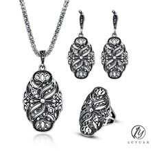 Indian Wedding Jewelry Sets Women Antique Silver Color Hollow Black Crystal Flower Pendant Vintage Fashion Necklace Earrings Set