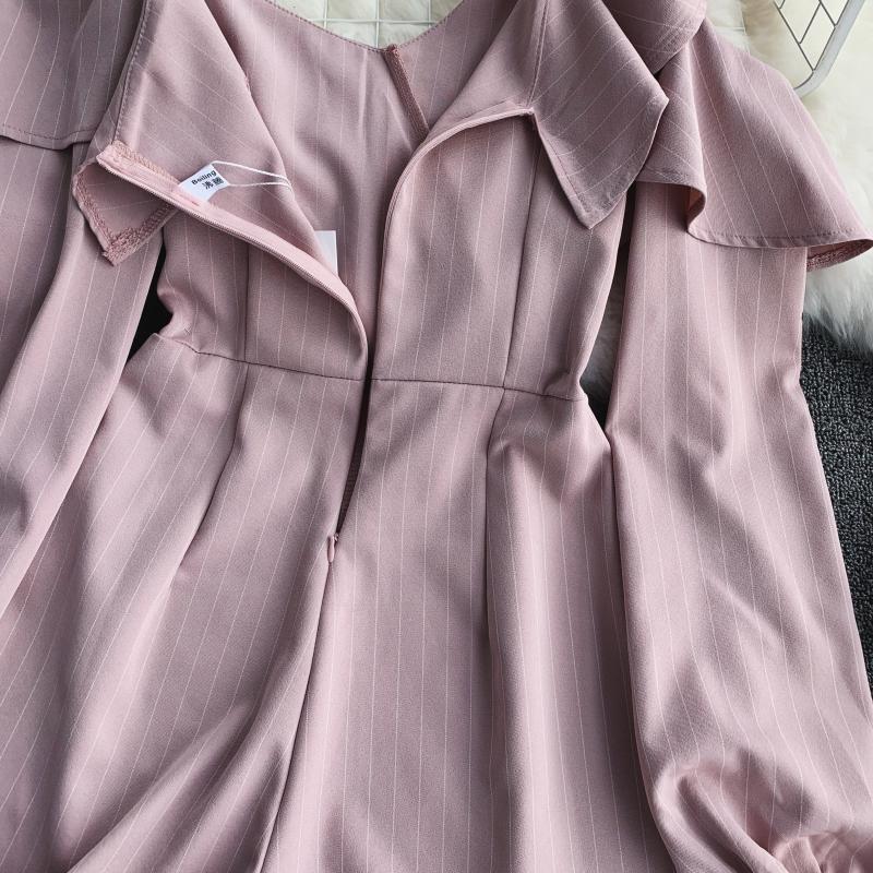 Spring Summer Jumpsuit for Woman Women's 2019 New Heart Machine Lotus Edge V-neck Long Sleeve High-waist Stripe Short Overalls 18