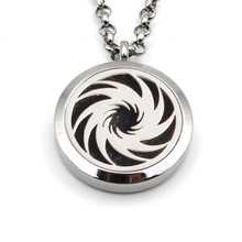 316L Round Stainless Steel Locket Pendants Necklace Perfume Essential Oil Diffuser Aromatherapy Necklace With Chain