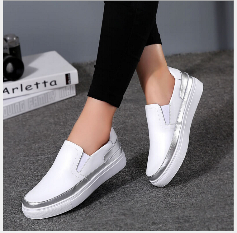 High Quality Women Genuine Leather Shoes Slip On Flats Shoes Silver black Loafers soft bottom student shoes<br>