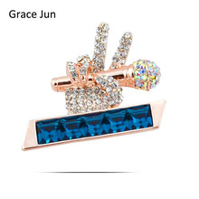 Top Quality Austria Crystal Rhinestone Microphone Hand Brooches for Women Party Wedding Hijab Pins Brooches Clothes Buckles 2017