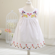 Lovely High Waist  Baby Korean Dress Summer Sleeveless Girls Princess Dress Daisy Embroidery Handmade Dress Free Shipping D0325