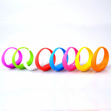 8 Colors Unisex Vibration Voice Control LED Light Up Silicone Bracelet Glow Flash Bangle Gift For Party Decoration Wholesale