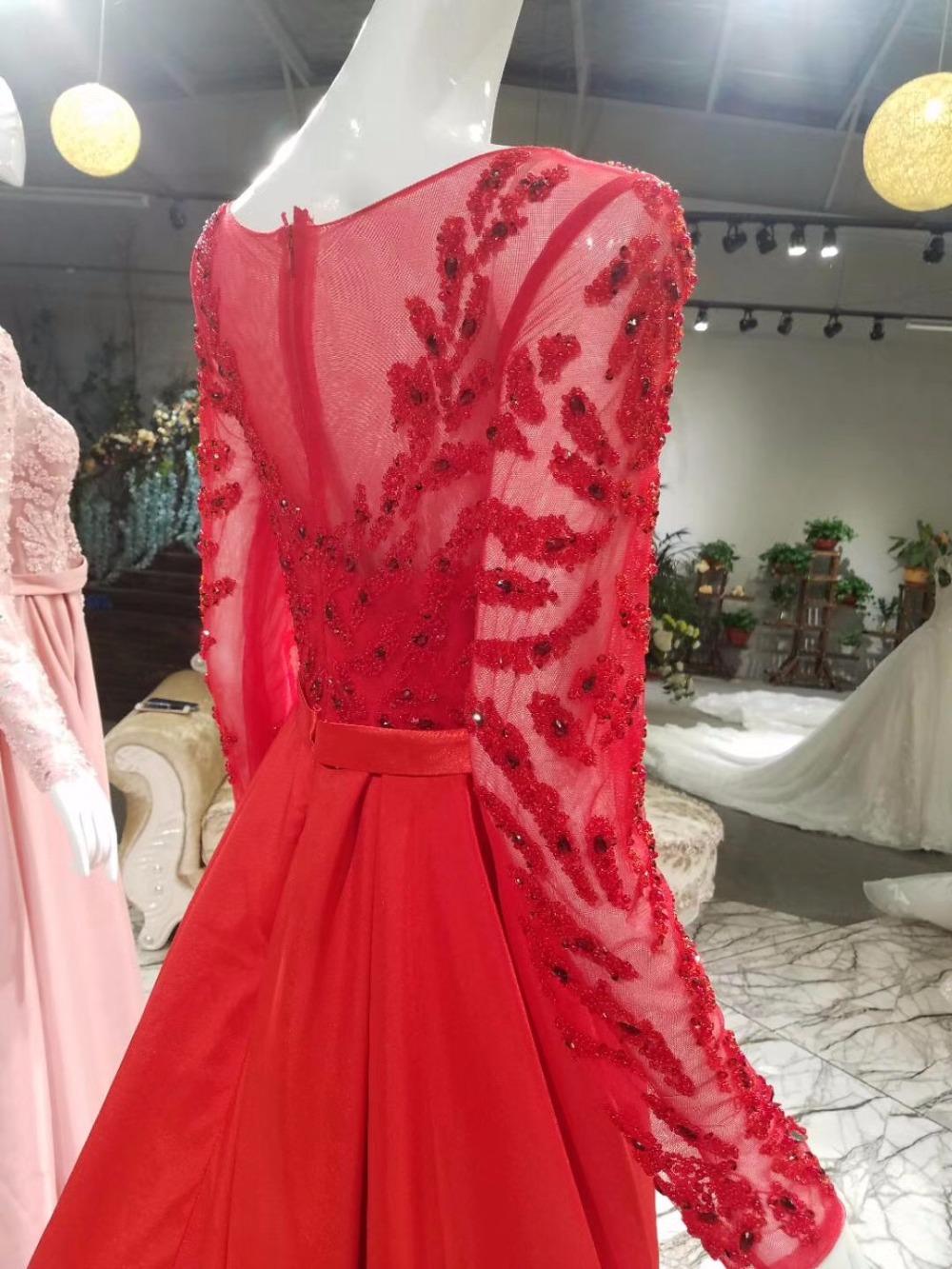 red levening dress
