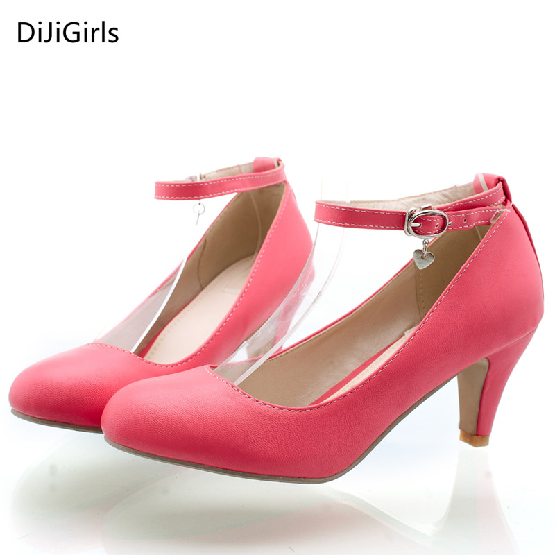Office Ladies Shoes Low Heeled pumps women Ankle Straps Black pumps 2017 Business women small size Shoes ladies pointed pumps<br><br>Aliexpress