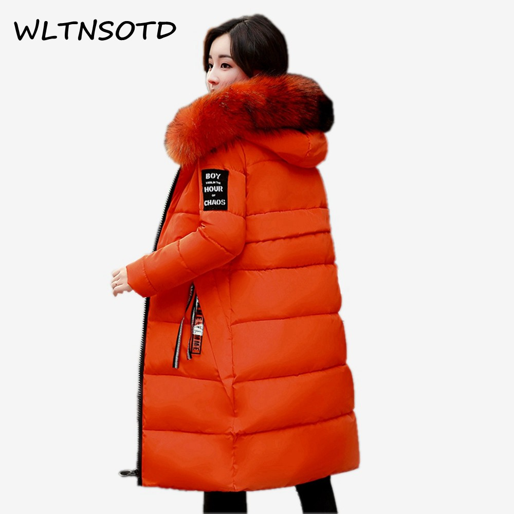 2017 new winter women large fur collar cotton Lengthened coats Female badge hooded fashion Thicker jacket Parkas  Îäåæäà è àêñåññóàðû<br><br>