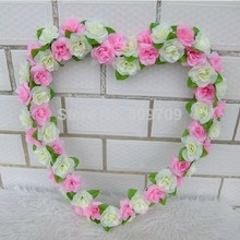 1pc Artificial Silk 40cm Rose Heart Wreath Lifelike Flower Head Wall Hang Garland Mother's Day Wedding Party Household Adornment