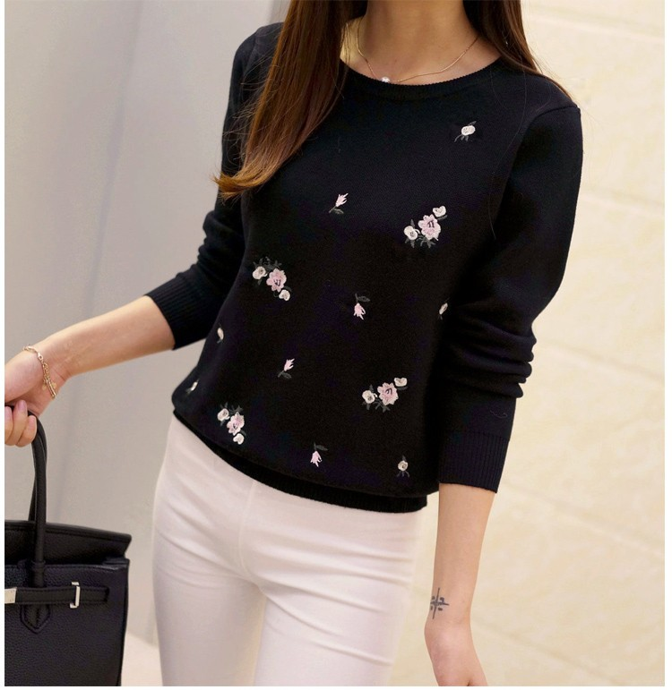 S-3XL New Youth Women's Sweater Autumn Winter 17 Fashion Elegant Peach Embroidery Slim Girl's Knitted Pullover Tops Female 16