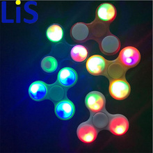 (Lis)100pcs/Lot LED Flash Light EDC Hand Spinner Anti Reduce Stress Toy With Switch ADD ADHD Autism Boring Annoying