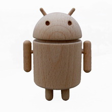 Cute Wooden Google Android Robot Wood Doll Car Ornaments Counter Birthday Gift Free Shipping