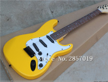 Free shipping! Factory store yellow Malmsteen Guitar, Big Head ST Electric Guitar/Guitar in China