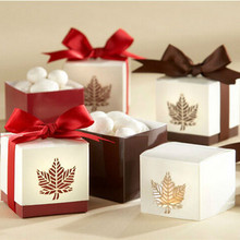 200pcs Wedding Invitation Gifts Maple Leaf Candy Boxes Chocolate Holder Case+DHL Free Shipping(China)