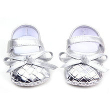 Lovely Golden/Silver/Black PU Faux Leather Bow Decor Lattice Girls Baby Shoes Soft Sole Anti Slip Toddler First Walker Sneakers