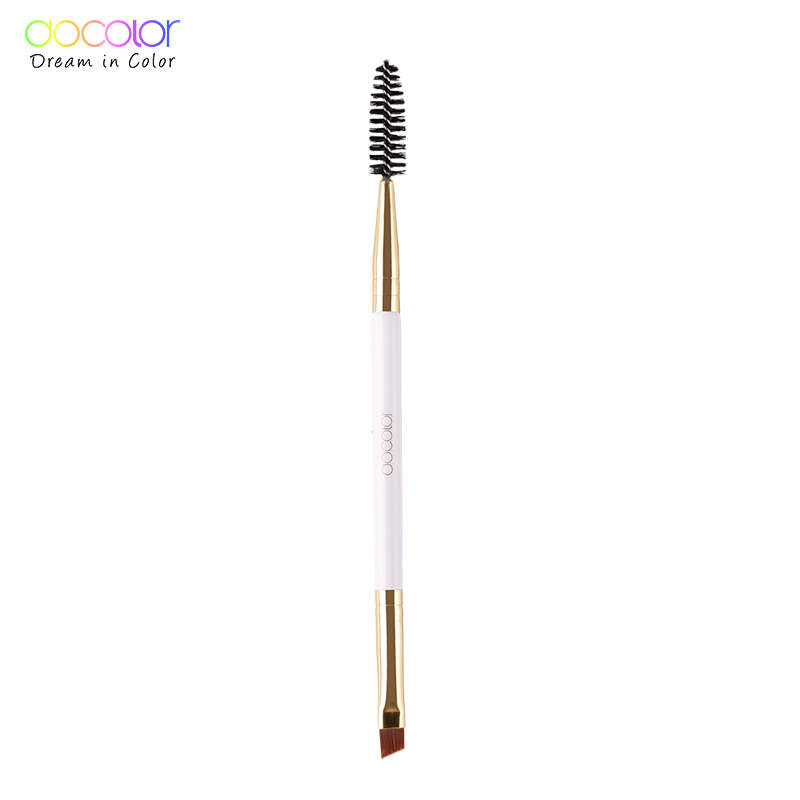 beauty essentials  brush