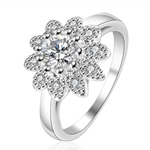 New Fashion Women Jewelry Silver Plated Female Rings Inlaid Zircon Crystal Hope Sunflower Cocktail Ring for Party