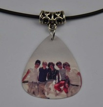 5Pcs One Direction 1D Medium 0.71mm Guitar Pick Necklace , Tibetan Silver Pendant Leather Cord O-9