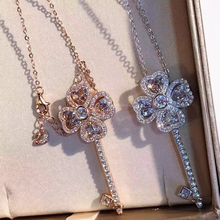 Italy Swan Brand Rotate Four Leaf Clover Key Jewelry High Quality Deary Necklaces Pendants Lovely Crystal Bijou Femme Collier