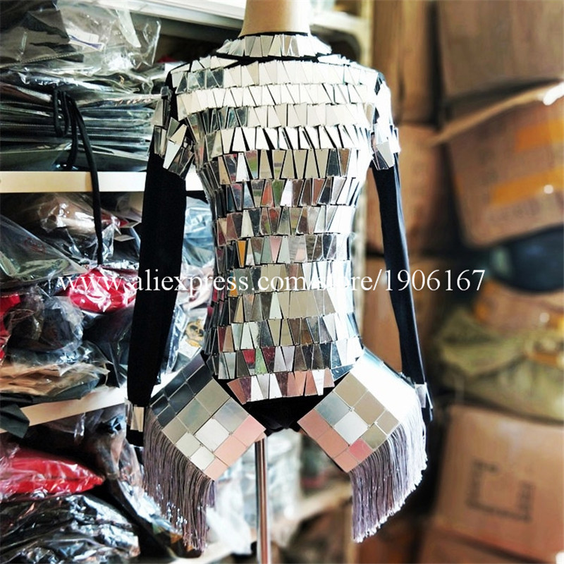 Mirror female costumes ballroom01