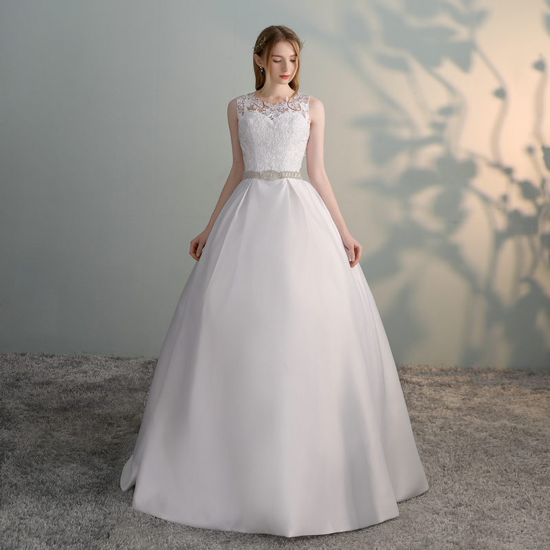 Gorgeous White Wedding Dresses 2018 New Sexy Formal Wedding Dress Long Tulle Appliques Ball Gown Ivory Wedding Gowns Custom made 3