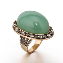 STOCK 2017 high quality new fashion elegant big natural green stone ring for women free samples OSR013