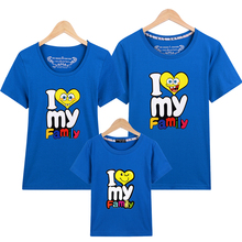 Family Look T Shirts 16 Colors 2017 Brand Summer Family Matching Clothes Dad & Mom & child Cartoon i love my Family Outfits(China)