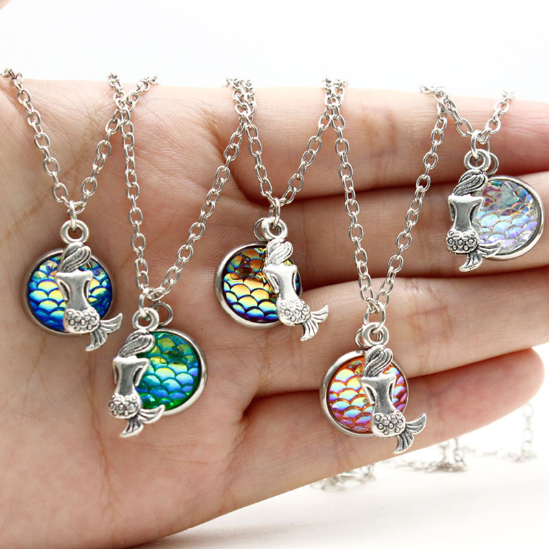 Dropshipping Trendy Sitting Holographic Mermaid Necklace Shimmery Mermaid Scales Fish Choker for Women Girls Party Jewelry Gifts(China)