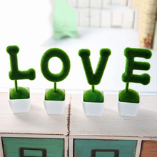 small cute animals toy decorations 4pcs Artificial grass Love Heart Star Turf animal grass land Reduce the eye fatigue decor
