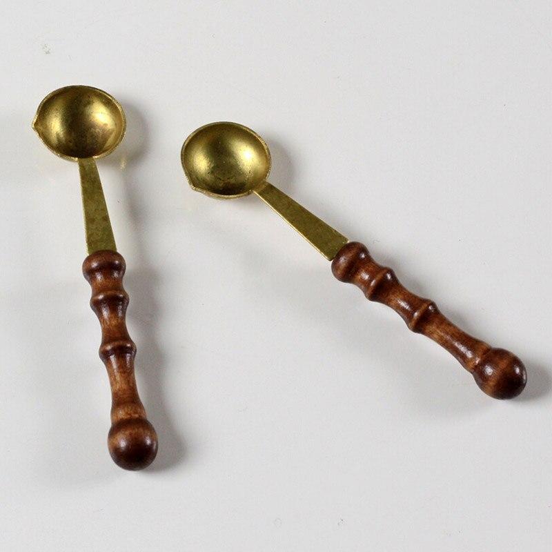 2 pcs/lot vintage wooden handle wax spoon stamp sealing wax spoon anti hot wax spoon gift<br><br>Aliexpress