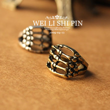 NJ54 Punk Style Skull Rings For Women Europe and America Cool Men's Jewelry Vintage Claw Bones Hand Rings Hot Sale Wholesale
