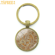TAFREE 2017 new vintage Mayan Aztec Calendar key chain ring holder antique sun Astronomy Archaeology gifts keychain men CT712(China)