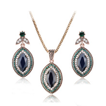 HOT 2pcs/ste Bohemia Cute red/green  restoring ancient ways Ancient costume wedding necklace earrings jewelry set free shipping