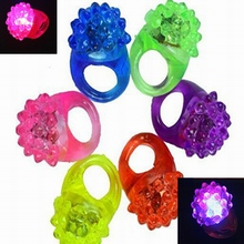 2017 New Party Wedding Anniversary Led Strawberry Soft Light Flash Ring Props Light Up Toy Plastic LED Finger Ring 200pcs/lot(China)