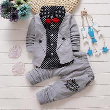 2017 New Arrival Promotion Fashion Cotton Pieces Of Explosion, Children's Gentleman Buttons, Small Suit, Bow Tie Boy Two Sets