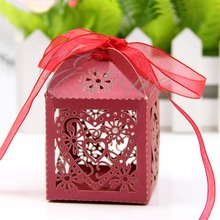 50pcs/pack Lot New Cut Love Heart Laser Gift Candy Boxes Wedding Party Favor With Ribbon Wedding Candy Box Party Decor