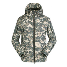 High Quality Men's Softshell Hooded Jackets Thermal Fleece Army Camo Tactical Windproof Waterproof Clothing Coat