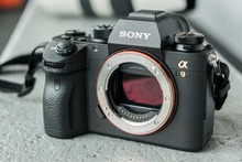 Sony Alpha A9 Mirrorless Digital Camera (Body Only)(Hong Kong)