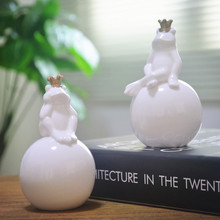 white ceramic Frog prince toad statue lucky home decor crafts room decoration porcelain animal figurine ornament handicraft