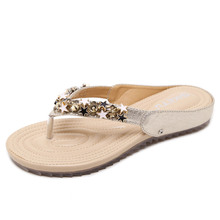 Gold sandals woman flip flops clip toe beach sandals star shaped rivets design slipper glitter star woman flip flops gold silver(China)