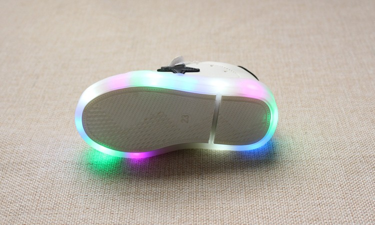 New 17 Cool LED lighted fashion new brand breathable children shoes cute little baby girls boys shoes kids sneakers 8