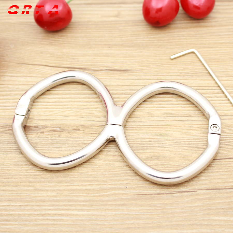 QRTA Metal Sex Toys Stainless Steel Handcuffs and Feet cuffs Locked Him/Her to Feel Bounded Fun Sexy Products Adult Games<br>