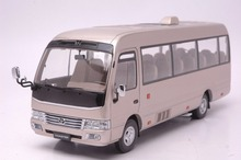 1:24 Diecast Model for Toyota Coaster Gold Bus Alloy Toy Car Collection CRV CR V