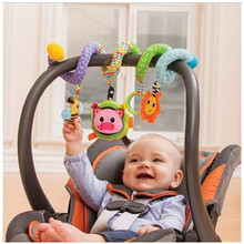 2017 New Baby Toys Baby Crib Revolves Around the Bed & Stroller Toy Set Hanging Bell Cartoon Rattles Educational Toys LA880407