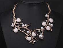 Dominated New design Restore ancient ways the branches short pearl collar pearl Necklaces & Pendants fashion necklaces