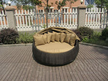 Outdoor Rattan Daybed , Hand-Woven All Weather Round Sun Bed transport by sea(China)