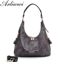 Graceful Women Crocodile Pattern Shoulder Bags Good Quality PU Leather Tassel Side Pocket Embossed Ladies Tote Handbags
