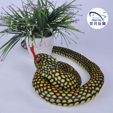 Simulative design 25*25cm stuffed snake toy plush animal toy for kids toy(China)