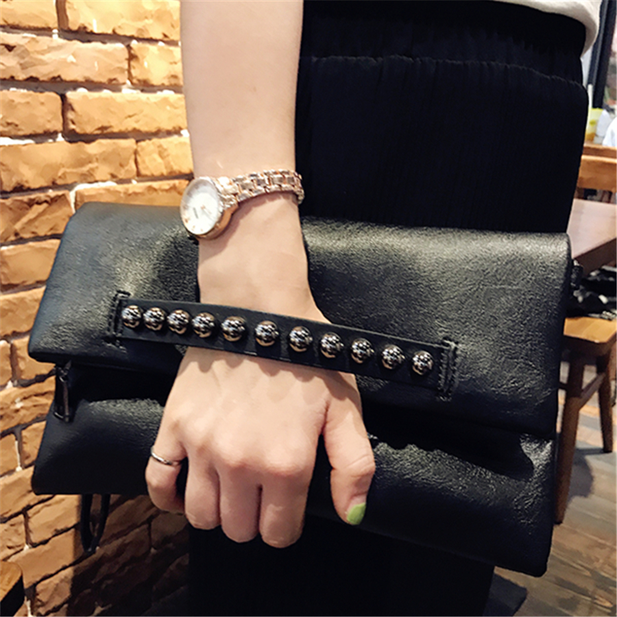 Epiphqny Unique Designer Women Black Evening Clutch Rivet Vintage Luxury Handbags Beading Day Bags for Lady 2018 New Fashion<br>